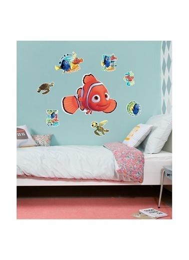 Disney Kayıp Balık Nemo 48X68 Cm Duvar Sticker Renkli